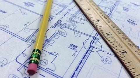 geometra-architetto-progetto-disegnare